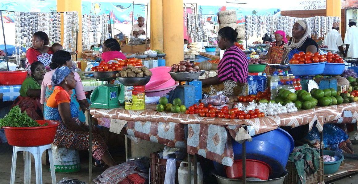 Dans les villes du Sud, les petites entreprises locales jouent un rôle essentiel pour des systèmes alimentaires inclusifs et durables