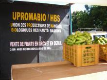 Au Burkina Faso, des circuits courts de fruits locaux