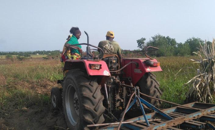Dossier du magazine Spore : Mécanisation agricole