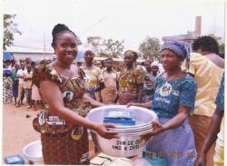 Alimenterre: Transformer le manioc pour conquérir les villes