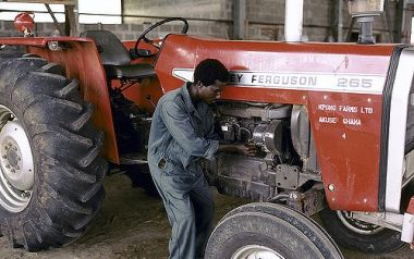 What's driving the growth of agricultural mechanization in Africa
