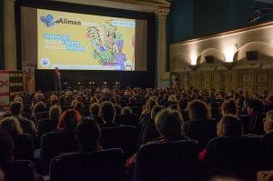 Pour faire vivre les films du festival Alimenterre toute l'année, SOS Faim Belgique propose des kits Alimenterre