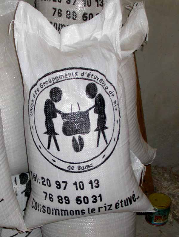 Ne vous contentez pas d'une « qualité acceptable ! » Consommez le riz étuvé du Burkina !