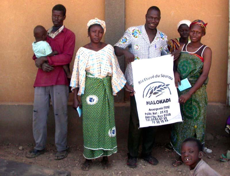 Création de l'Union Nationale des (femmes) étuveuses de riz UNERiz-B