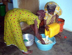 Comment l'agrobusiness vole aux pauvres leurs moyens de subsistance et un aliment vital